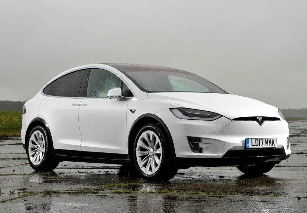 Tesla suv 2019