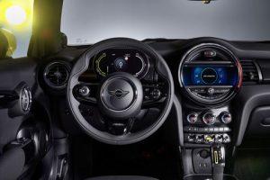 2020 Mini Cooper SE interior