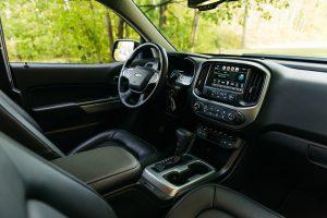 Chevrolet Colorado 2020.Interior